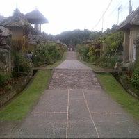 Photo taken at Desa Adat Tradisional Penglipuran (Balinese Traditional Village) by Ari S. on 7/21/2016