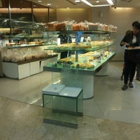 Photo taken at BreadTalk by Muhammad F. on 6/9/2014
