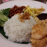 Photo taken at Kafe Betawi by Grace S. on 11/11/2014