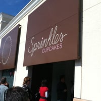 Photo taken at Sprinkles Cupcakes by Sirus O. on 2/14/2011