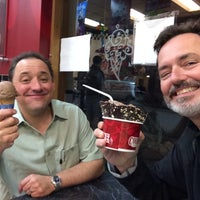 Photo taken at Cold Stone Creamery by Terry A. on 5/24/2014