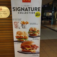 Photo taken at McDonald's / McCafé by Shamir S. on 9/4/2016