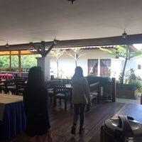 Photo taken at Inthanon Riverside Resort by ♡อุ๋นอิ๋น♡ on 10/22/2016