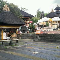 Photo taken at Pura Luhur Candi Narmada Tanah Kilap by Gustiyana on 1/11/2013