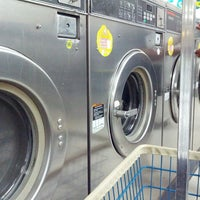 Photo taken at Spin Cycle Coin Laundry by Michael-Alan G. on 9/10/2013