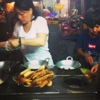 Photo taken at New Lane Hawker Stalls by GirlBug on 12/30/2012