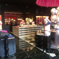 Photo taken at Victoria's Secret PINK by Anna-Mariami S. on 4/24/2016