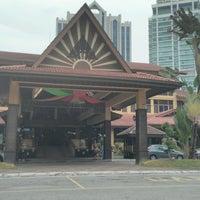 Photo taken at Kompleks Kraf Kuala Lumpur by Syam 1. on 8/10/2016