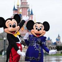 Photo taken at Disneyland® Paris by Ba6aLeE on 10/14/2013