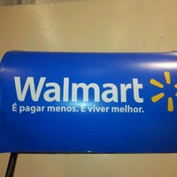 Photo taken at Walmart by Dri Chalu A. on 12/7/2012