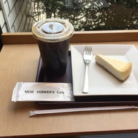 Photo taken at NEW YORKER'S Cafe 町田店 by K Y. on 9/17/2016