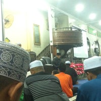 Photo taken at Masjid Al Rahimah Kuala Kubu Bharu by nur a. on 5/11/2016