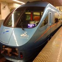 Photo taken at 小田急 新宿駅 2-3番線ホーム by ihase on 3/16/2013