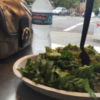 Photo taken at Chipotle Mexican Grill by Shannon H. on 10/2/2015