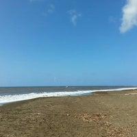 Photo taken at Waimea Recreation Pier by ernie e. on 11/2/2015