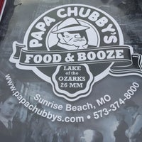 Photo taken at Papa Chubbys Food & Booze by Jill D. on 8/7/2015