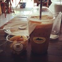 Photo taken at ภูพยัคฆ์ PooPhayuk Cafe' by Kwang R. on 6/7/2015