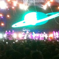 Photo taken at Devassa on Stage by Alessandro T. on 2/11/2013