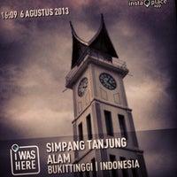 Photo taken at Simpang Tanjung Alam by Ghoni A. on 8/8/2013