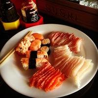 Photo taken at Max Sushi by Mineirinho J. on 5/22/2013