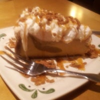 Photo taken at Olive Garden by Joy C. on 10/22/2012