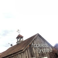 Photo taken at Applewood Orchards & Winery by Richard C. on 10/21/2012