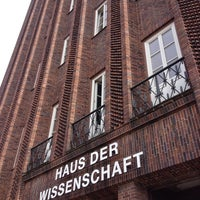 Photo taken at Haus der Wissenschaft | TU BS by Khim P. on 9/29/2014