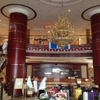 Photo taken at Hotel Al-Olayan Al-Khalil by Abd Rahman on 10/5/2012