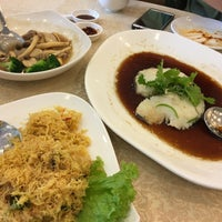 Photo taken at KL SOGO Siang Seafood Restaurant by Abd Rahman on 9/1/2016