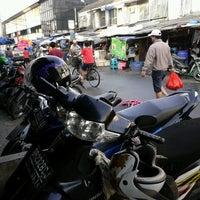 Photo taken at Pasar Teluk Gong by huang j. on 5/18/2013