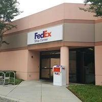 Photo taken at FedEx Ship Center by هورنت on 7/23/2015