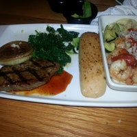 Photo taken at Applebee's by Jackqulyn H. on 7/20/2014