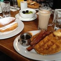 Photo taken at Brown Sugar Kitchen by Miss Birdie on 12/16/2012
