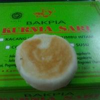 Photo taken at Bakpia Kurnia Sari by Cahyo O. on 3/27/2014