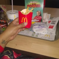 Photo taken at McDonald's by Kariane P. on 4/8/2016