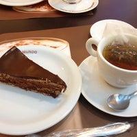 Photo taken at O Melhor Bolo de Chocolate do Mundo by Danyella N. on 12/29/2013