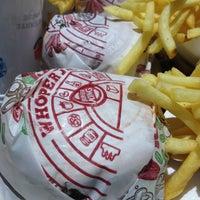 Photo taken at Burger King by Isadora F. on 1/19/2013