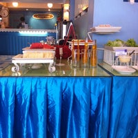 Photo taken at Sawasdee Banglumpoo Inn by Franda Z. on 9/3/2014