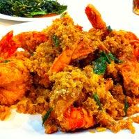 Photo taken at Sampan Seafood by Jeffry H. on 4/13/2013