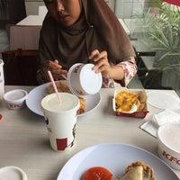 Photo taken at KFC Seri Iskandar by yad j. on 11/1/2016