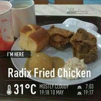 Photo taken at Radix Fried Chicken by Saudagar R. on 5/10/2013