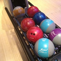 Photo taken at Frames Leisure Time Bowl by Anita P. on 4/7/2013
