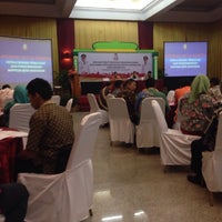 Photo taken at Makassar Golden Hotel (MGH) by Yuli H. on 6/9/2016