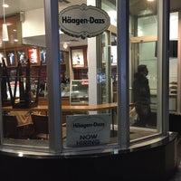 Photo taken at Haagen-Dazs Shop by Mustafa on 1/31/2016