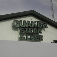 Photo taken at Quaker Steak & Lube® by Nathan G. on 11/19/2012