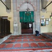 Photo taken at Yeni Cuma Camii by Hakan K. on 7/9/2013