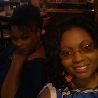 Photo taken at Applebee's by Fe W. on 9/20/2014