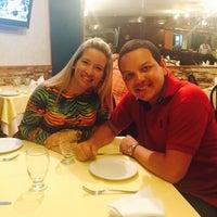 Photo taken at Dolphin Ristorante & Pizzeria by Amandinha O. on 11/22/2015