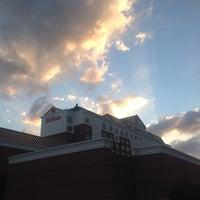 Photo taken at Hilton Columbus/Polaris by Victoria H. on 9/3/2013