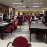 Photo taken at Perpustakaan Awam Pulau Pinang by Syafiqa R. on 6/18/2016